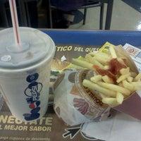 Foto tomada en Burger King por Gonzalo V. el 9/24/2011