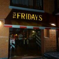 Das Foto wurde bei T.G.I. Friday's von Fernando P. am 7/12/2012 aufgenommen