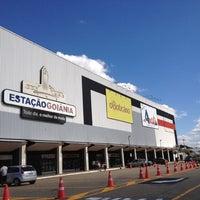 Foto tirada no(a) Estação Goiânia por Ana E. em 6/10/2012