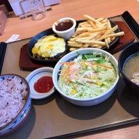 Photo taken at やよい軒 早稲田店 by fudeji t. on 3/11/2017