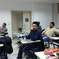 12/4/2012 tarihinde Yucel B.ziyaretçi tarafından New Hall'de çekilen fotoğraf