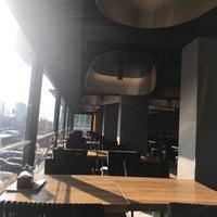 11/4/2017 tarihinde Kemal E.ziyaretçi tarafından Moda Fırın & Pâtisserie'de çekilen fotoğraf