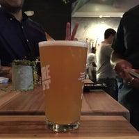 Das Foto wurde bei Axelrad Beer Garden von Nam T. am 9/30/2018 aufgenommen
