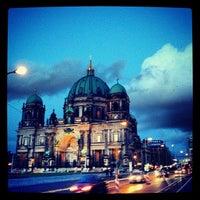 2/13/2013 tarihinde Fred Aaron B.ziyaretçi tarafından Berlin Katedrali'de çekilen fotoğraf