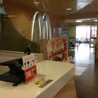 Photo taken at McDonald's by Mauricio P. on 11/24/2012