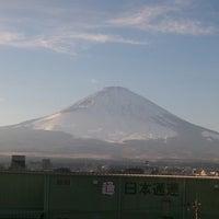 Photo taken at スーパーホテル 御殿場Ⅰ号館 by Hirata K. on 12/30/2013