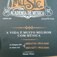 Photo taken at Tok Music - Academia De Música by Carlynha R. on 3/11/2014