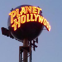 Photo taken at Planet Hollywood by Kimberly S. on 5/18/2013