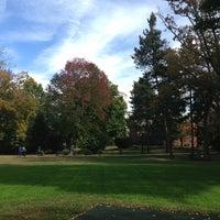 Das Foto wurde bei Perkins School for the Blind von Robyn B. am 10/3/2013 aufgenommen