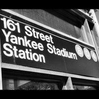 Das Foto wurde bei MTA Subway - 161st St/Yankee Stadium (4/B/D) von Mark G. am 10/16/2012 aufgenommen