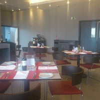 Photo taken at Restaurante 365 Novotel by Didac A. on 3/4/2014