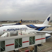Photo taken at Malaysia Airlines Golden Lounge by Tay T. on 2/22/2013