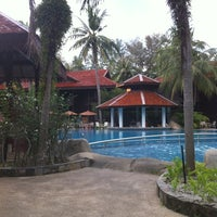 Photo taken at Meritus Pelangi Beach Resort & Spa Langkawi by Azneel I. on 11/21/2012