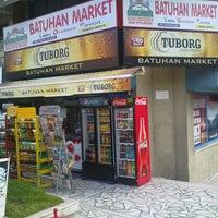 Photo taken at Ezgi-Can Market by Tolgahan A. on 7/13/2013