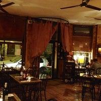 Photo prise au Le Bar à Tapas par Daniel L. le11/26/2012