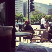 Photo taken at Starbucks by Althea G. on 7/30/2013