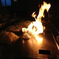 Photo prise au Kaze Japanese Steakhouse & Sushi par Brad P. le5/20/2013