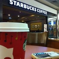 12/15/2012 tarihinde şkcmziyaretçi tarafından Starbucks'de çekilen fotoğraf