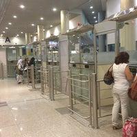 Foto scattata a Passport Control da Семен Д. il 7/20/2013