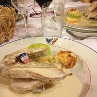 Photo taken at Hostellerie Du Cheval Rouge by Fantaisistique on 5/14/2013