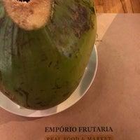 Foto tirada no(a) Empório Frutaria por Nelson B. em 3/8/2018