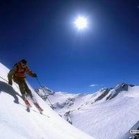 Photo taken at Mount Snow Main Base Lodge by Man_Used👽👾👽 on 12/15/2012