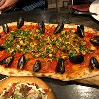 Photo prise au Goodfellas Wood Oven Pizza par Irottare le9/12/2018