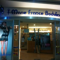 Photo taken at Marie France Bodyline by Aung-Kansakoon on 1/16/2013