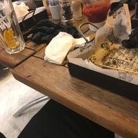 8/14/2018 tarihinde Onur Emre Ç.ziyaretçi tarafından Nusr-Et Burger'de çekilen fotoğraf