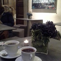 Photo taken at Caffe' Giacosa a Palazzo Strozzi by Fereshteh A. on 12/4/2013