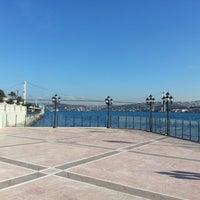 12/8/2012 tarihinde Bayram T.ziyaretçi tarafından Tuğra Restaurant & Lounge'de çekilen fotoğraf