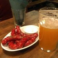 Снимок сделан в Beer House пользователем Ira s. 12/7/2012