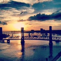 Photo taken at Hyatt Regency Jacksonville Riverfront by Elizabeth on 12/16/2012