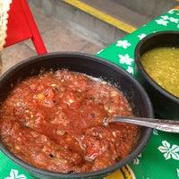 Foto tomada en Cenaduría La Alborada por La Casa de Lila el 7/11/2013