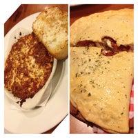 7/15/2013にKathy N.がPizza Hutで撮った写真