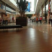 Foto tirada no(a) Joinville Garten Shopping por Mauricio em 12/15/2012