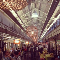 รูปภาพถ่ายที่ Chelsea Market โดย Dariela C. เมื่อ 5/22/2013