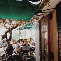 รูปภาพถ่ายที่ Olive Café โดย Dariela C. เมื่อ 4/11/2014