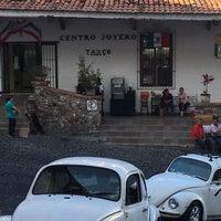 Photo taken at Centro Joyero Taxco by Sofia M. on 9/17/2016
