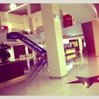 Снимок сделан в ТРК КомсоМОЛЛ пользователем Lusya S. 12/18/2012