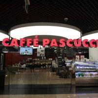 Photo taken at CAFFÉ PASCUCCI by Minhee S. on 6/28/2013