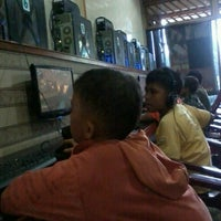 Photo taken at Electric Duo NET by Rimbun Rimmauli Avu Pasaribu M. on 5/15/2013