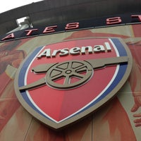 Photo taken at Emirates Stadium by Jenny (. on 5/9/2013