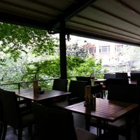 Photo taken at Çevre Pastanesi by Hamit k. on 5/21/2013