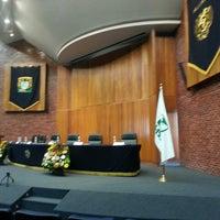 Photo taken at UNAM Facultad de Medicina by Abraham Antonio C. on 5/17/2013