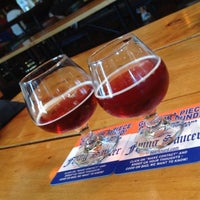 Photo taken at Flying Saucer Draught Emporium by Steph R. on 7/4/2013