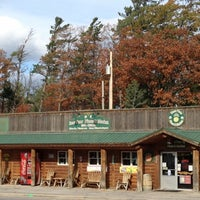 Photo taken at Bear Paw Pizza by Kathy T. on 10/28/2012