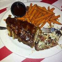 Photo taken at TGI Fridays by Will F. on 12/1/2012