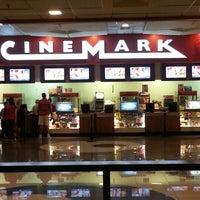 Foto tomada en Cinemark por Wesley d. el 1/5/2013