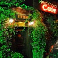 Photo taken at Neakhora Cafe by Köksal Ö. on 5/28/2014